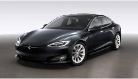 Tesla Model S P100DL. Mieten Sie die Oberklasse